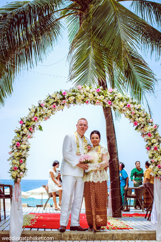 Traditional thai marriage buddhist wedding ceremony for Thai decorations ideas